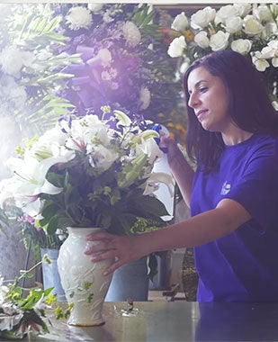 Everything You Need to Know About Funeral Flowers & Sympathy Gifts