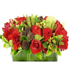Christmas Hues Bouquet
