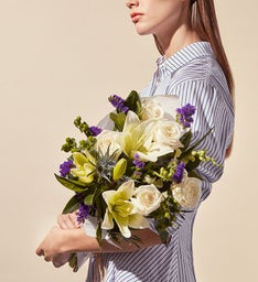 Poplin Creme Bouquet by Jason Wu for Wild Beauty