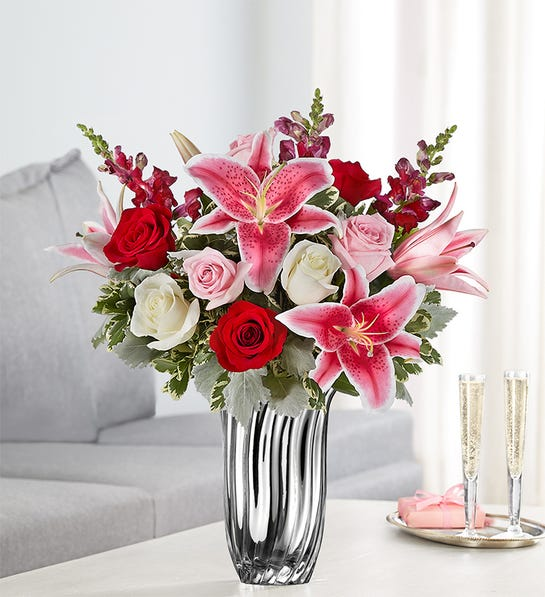 Radiant Devotion Bouquet (Small)