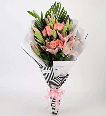 Online Mix Roses and Lilies Bouquet